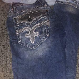 Rock Revival Jeans - Roc revival jeans